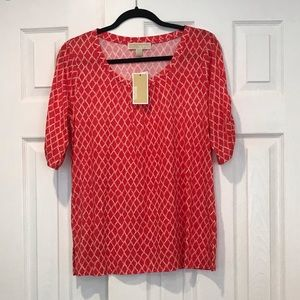 NWT Michael Kors Womens Red Pattered Tee Shirt M